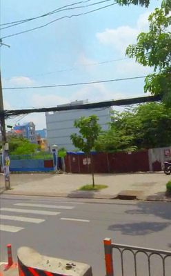 Cần bán gấp mấy lô đất đường Thành Thái Quận 10.
