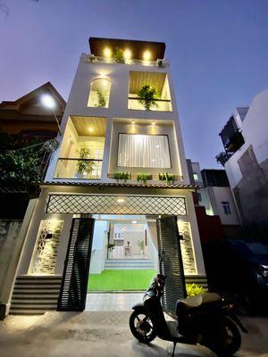 Nhà mới đẹp 1T3L đường Lạc Long Quân, gần biển