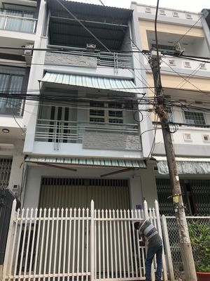 Bán nhà 2lầu đường xe ô tô ra vào phường Mỹ Phước