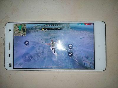 Xiaomi Mi 4 LTE game mượt, pin khá tốt, sim 4G