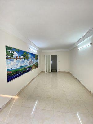Bán Nhà Đông Thiên 30m x 5 Tầng Giá Nhỉnh 2 Tỷ