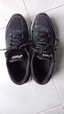 Giày chạy bộ size 40_41