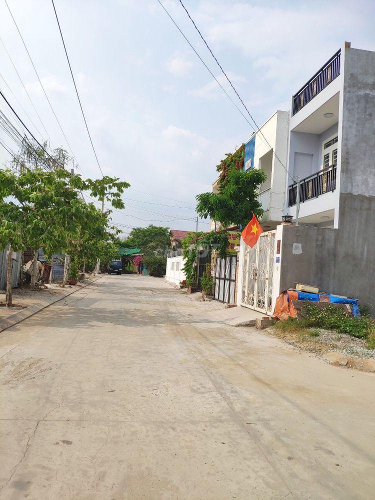 Lô góc 85m2 p Trường Thạnh cạnh Đông Tăng Long