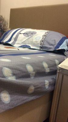 Giường gỗ + nệm tặng kèm bộ chăn ga mền giường