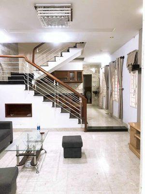 Nhà 2 Tầng kiệt Đinh Tiên Hoàng Dt 67 m2 gần đương
