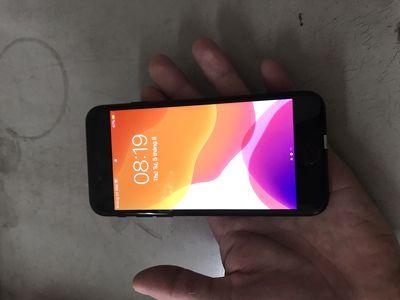 Thanh lý iPhone 7g  128g  máy QT  mỹ đen bóng đep