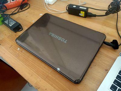 Toshiba core i3 ram 4gb hdd 500gb