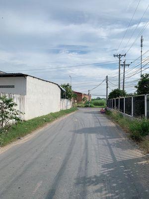 Đất xây kho xưởng 10x35m Đức Hoà Long An