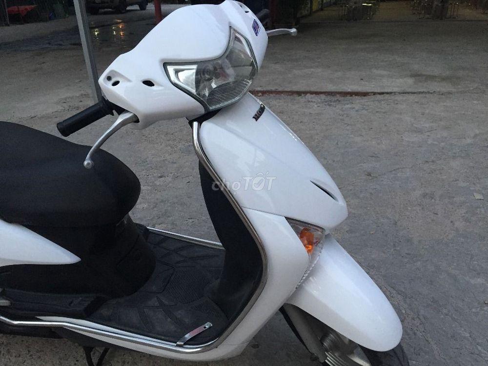 Honda Lead trắng chính chủ nữ dùng đk 2013