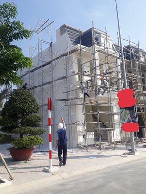 Cho thuê hoặc bán nhà gần chợ Phú Phong