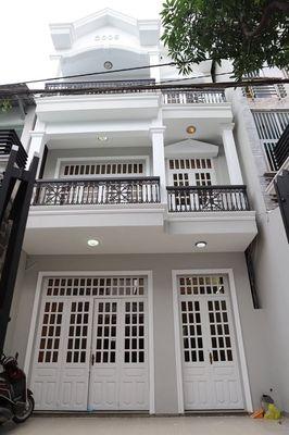 Nhà Mới Sơn Sửa 1 Sẹc HXT Phan Văn Trị P7 2 Lầu