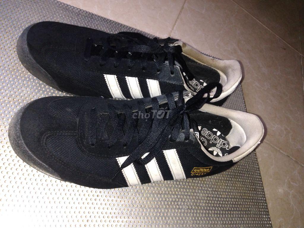 0923713911 - giày Thể thao Adidas size 43 ( chân 42 vẫn vừa)