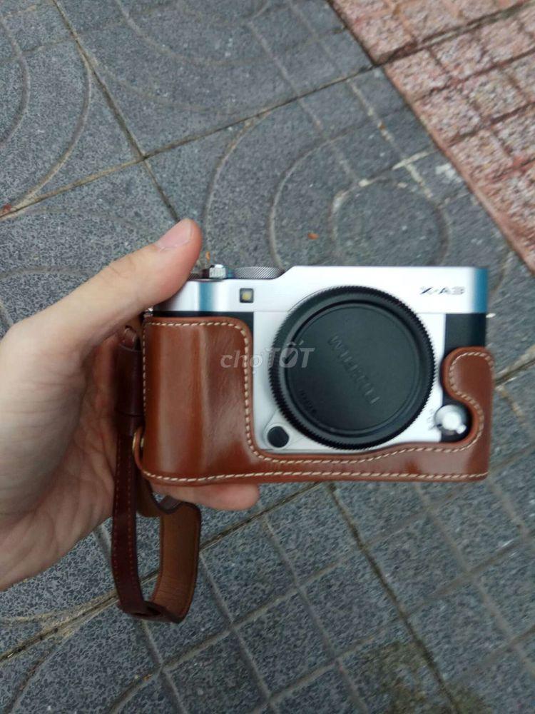 Half case fujifilm xa3 còn mới ít sử dụng