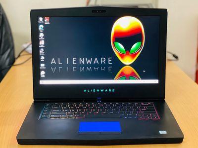 Dell Alienware 15R3 GTX1070 8G i7 7820HK 120Hz đẹp