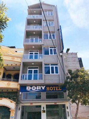 Bán khách sạn 20 phòng mặt tiền Trần Quý Cáp