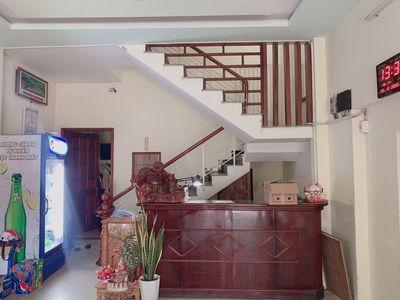 Bán Nhà Nghỉ khu Hoà Cường, 5 tầng, 12 phòng, 7 ty