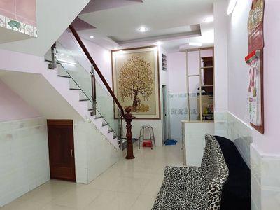 Nhà 6PN khu Vĩnh Hội đang cho thuê trên 20tr/tháng