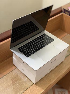 Apple Macbook Pro 2017, I7, 16GB Ram, SSD 256 GB
