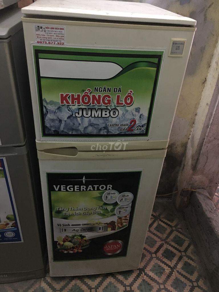 Tủ lạnh eletrulux 200lit mới 80%máy zin 100%
