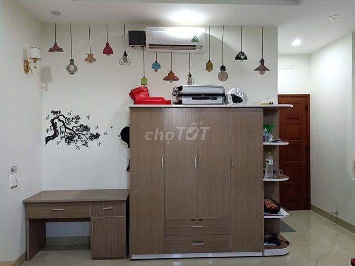 Combo Tủ 4 Cánh Vách Bo Ngang 2m + Bàn Làm Việc.