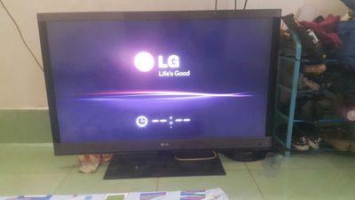 Tivi LG 42 IN hàng còn đẹp lỏi nhỏ 1 tí