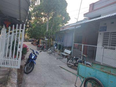 Bán nhà đất _ TT Lấp Vo_cách Vietcombank 300m