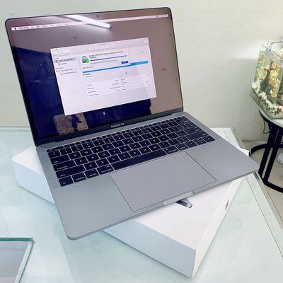Macbook Pro 13inch 2016 Core i5 2.0 / 8GB / 256GB