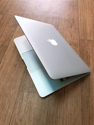 Macbook Pro Rentina MF841 2015 i5, Ram 8Gb, SSD256