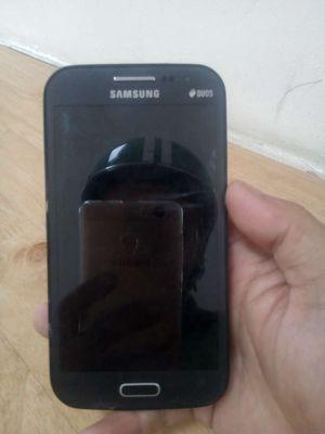 Samsung Galaxy J1 Đen 16 GB.chua chay dep