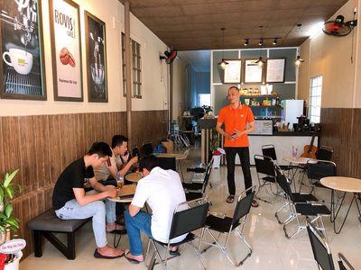 Sang quán cafe Arobi