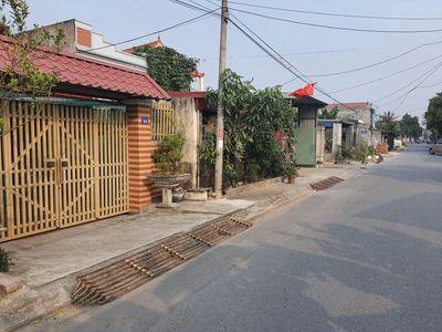 Bán lô đất 135m2 Xuân La, Thanh Sơn ,Kiến Thụy.