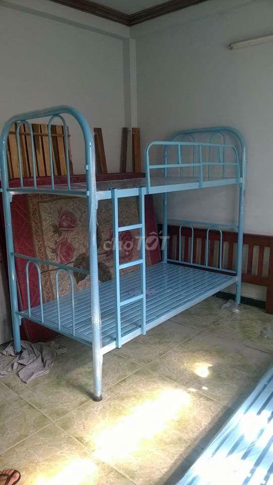 giường tầng 80,1m,1m2 tháo lắp. vận chuyển MP