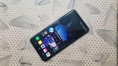 Đăng bán LG V30 nguyên zin ram4gb rom64gb snap835