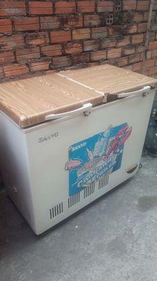 Bán tủ đông 2 ngăn như hình 400 lít còn sử dụng tố