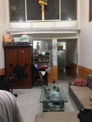 Nhà ngõ 239 Đà Nẵng, có sân cổng - 60m2