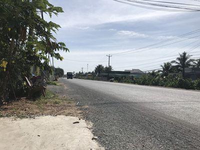 Bán đất mặt tiền Quốc Lộ 57 - Huyện Chợ Lách