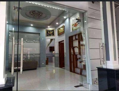 Nhà  P 1 đẹp giảm giá mạnh hẻm hồ bơi Thanh Trúc