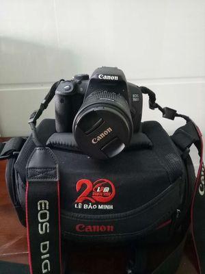 Canon 700d + lens kit , nữ ít dùng
