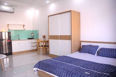 Phòng Full nội thất - Nhà đẹp- Thang Máy, Máy Lạnh