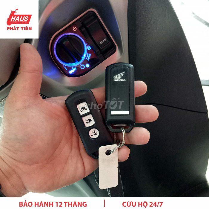 0584058104 - SHMode 2017 Smartkey Bản Xám Bạc Cực Đẹp Zin BSTP
