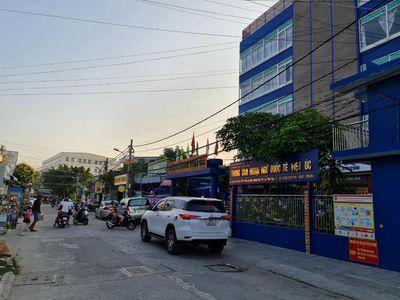 Bán nhà vị trí kinh doanh hẻm Nguyễn Văn Cừ