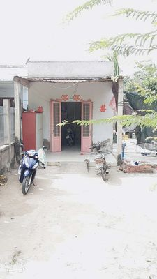 Nhà  mặt tiền Xã Hữu Định 286m2.