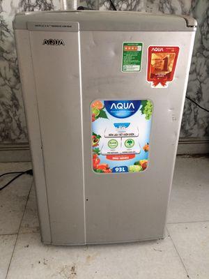 Cần bán tủ lạnh mini AQua Q93L 1 cửa