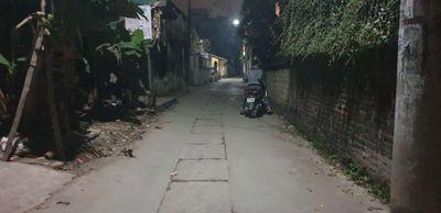 Bán 47m đất Phụng Châu gần trường DH TDTT