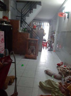 Nhà 3.7m dài 11m trệt 1lầu đường Nguyễn Văn Vịnh