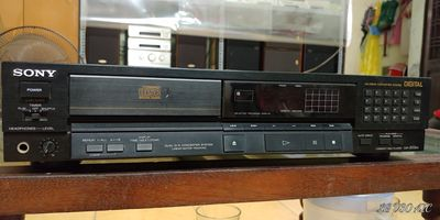 Bán đầu đĩa CDP Sony 222ES zin đét - có khiển