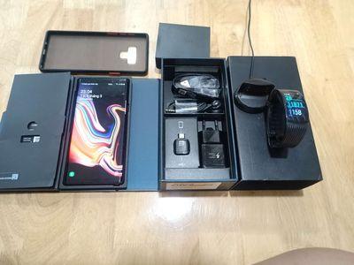 Combo chính hãng Note 9 fullbox và Gear fit 2 pro