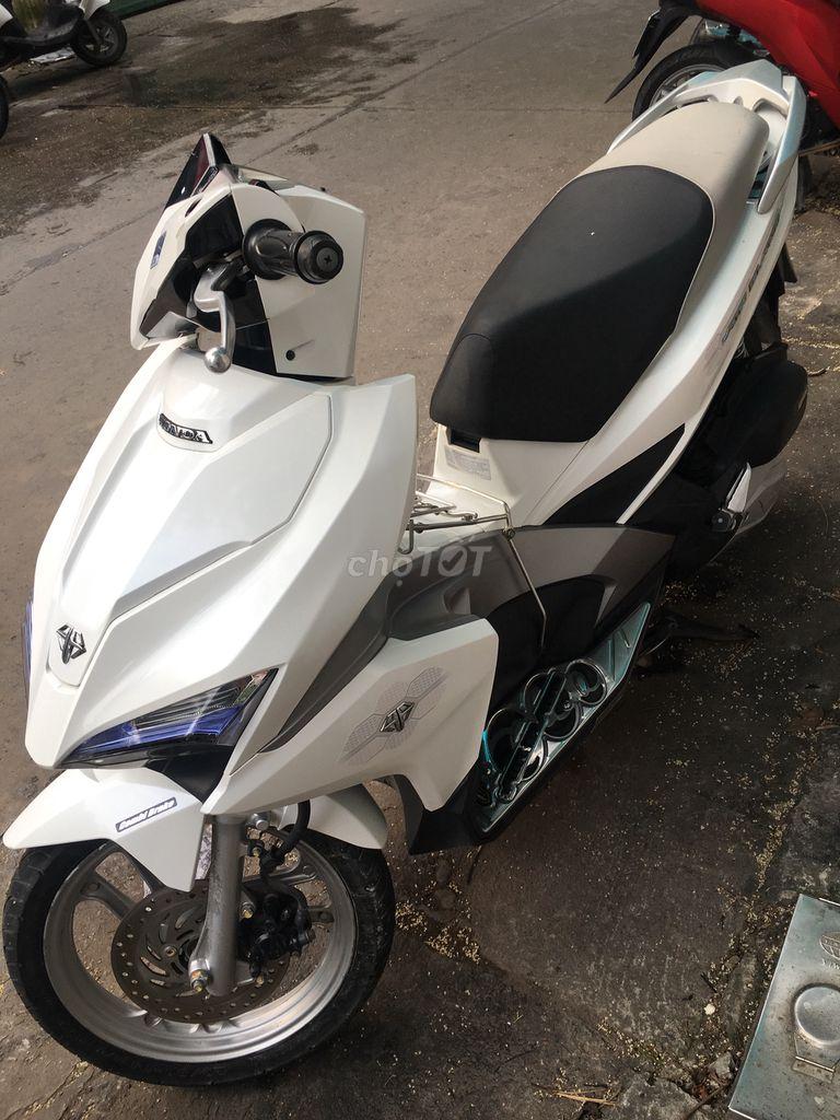 0975152474 - Honda Air Blade 125-2019 trắng chính chủ mới 98%
