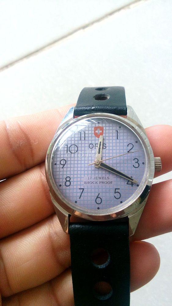 Đồng hồ Oris lên cót