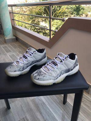 Giày Jordan 11 bản da rắn light cực hiếm, mới 95%